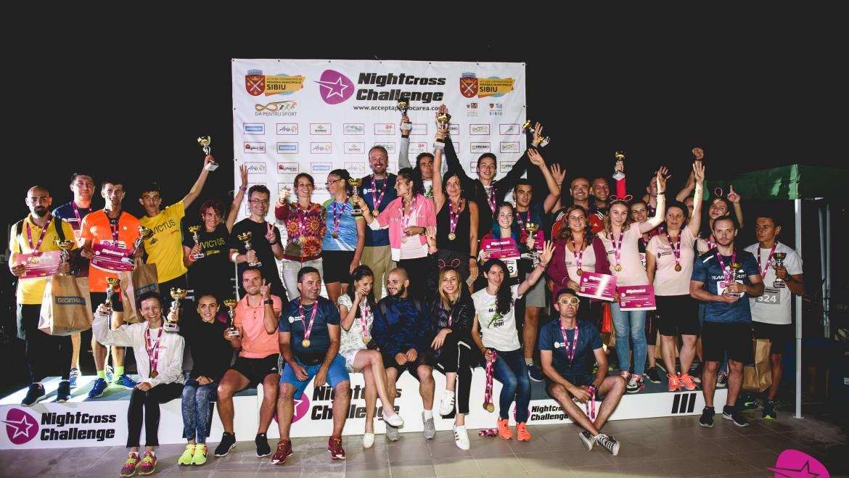 Număr record de participanţi la Night Cross Challenge: 700 de alergători au alergat la crosul nocturn